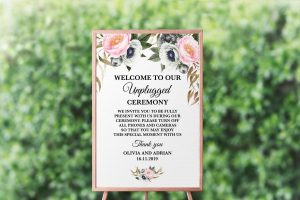 Dusty Blooms Unplugged Sign